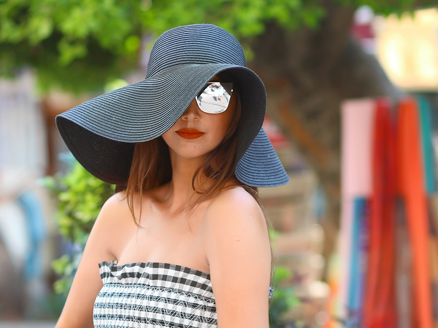 14 Sun Hats For Women To Top Off Your Beach Style