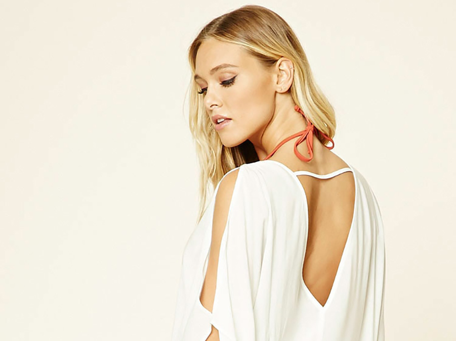 How To Wear One Swimsuit Cover-Up 5 Ways On Spring Break