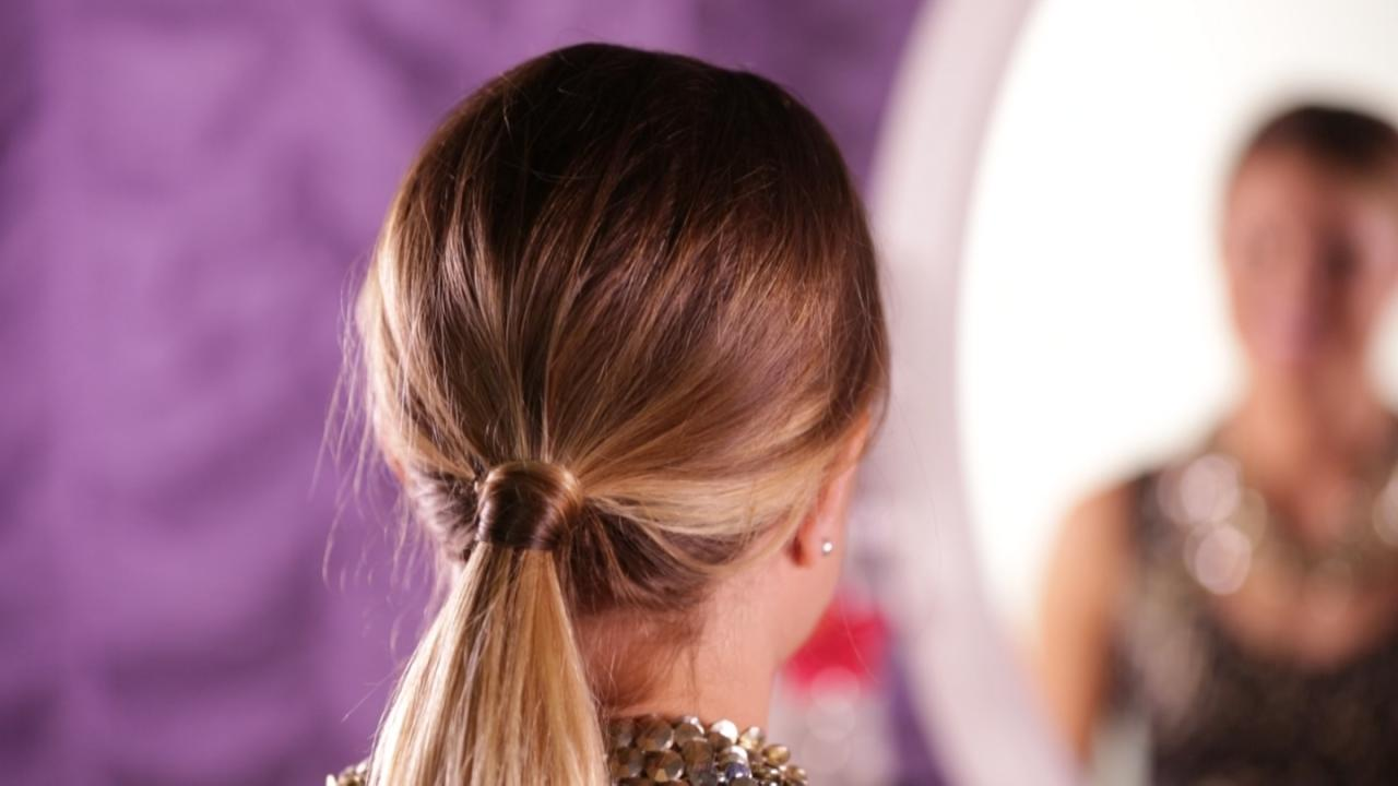 How to Make a Teased Ponytail