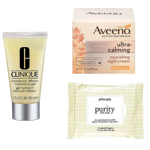 travel size moisturizer and face wipes