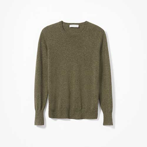 Everlane The Cashmere Crew in olive green