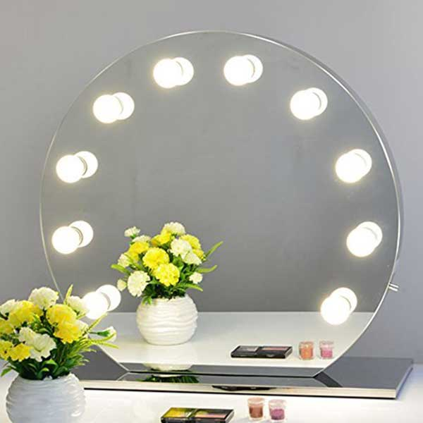 Round makeup mirror with lights