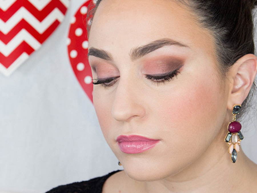 Valentine's Date Night Makeup Look That Will Make Him Swoon