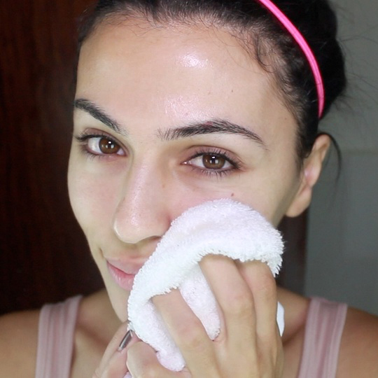 How to Properly Remove Makeup